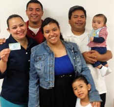 El Pueblo family (2)